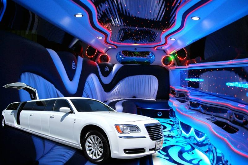 Chrysler 300 Limo Stretch Jet doors